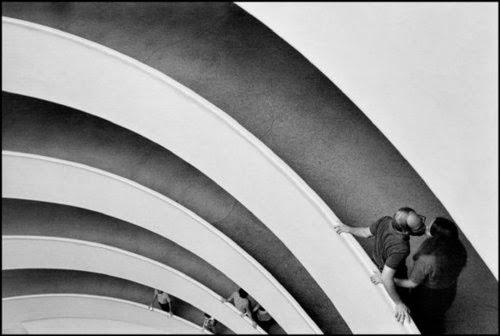 Guggenheim Museum, New York City. 1981 © Raymond Depardon