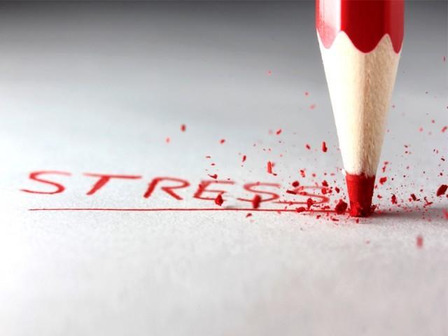 როგორ და ვისთან ერთად ვებრძვი აივ ინფექციით გამოწვეულ სტრესს