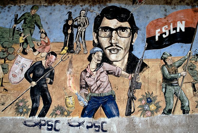 Molotov Man-ის სურათები.